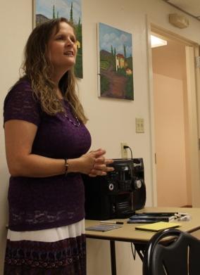 Delana Stewart, woman singing